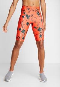 Desigual - CYCLING LEGGING STREET GARDEN - Sports shorts - sunset - 0