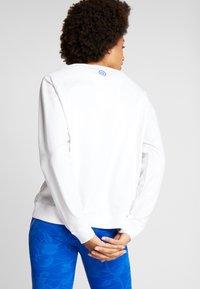 Desigual - CREWNECK LOGO OLYMPIA - Sweatshirt - blanco - 2