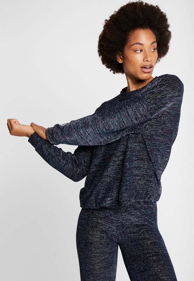 STUDIO - Long sleeved top - azul electric