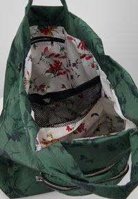 Desigual - SHOPPING BAG GARDENS - Sports bag - caqui - 4