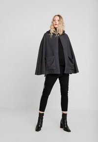 Desigual - LUXOR - Cape - grey - 1