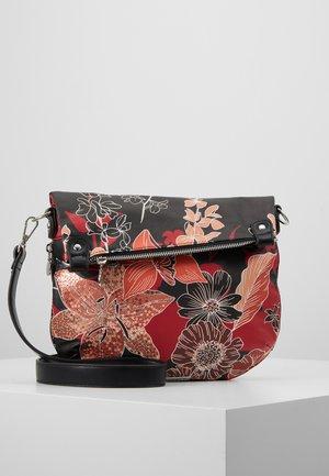 BOLS ARTY GAIA FOLDED - Håndtasker - black