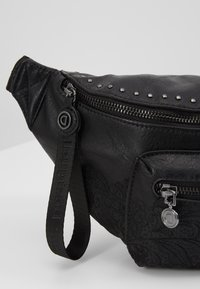Desigual - RIÑO MELODY COIRA - Bum bag - black - 6