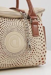Desigual - LEGACY LOVERTY - Handbag - blanco - 2