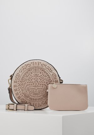 BOLS TRIBAL ROBOT GIRL - Across body bag - crudo beige
