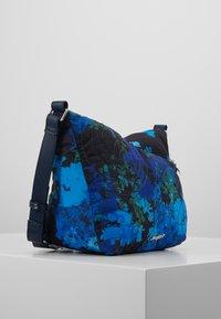 Desigual - BOLS CAMOFLOWER HARRY MINI - Skulderveske - nautical blue - 3