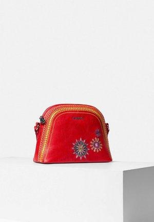 BOLS ADA DEIA - Across body bag - red