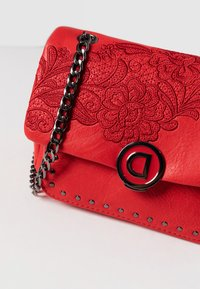 Desigual - Schoudertas - red - 5
