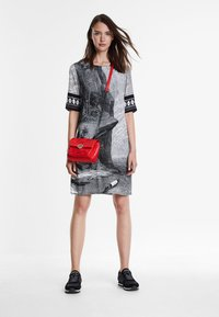 Desigual - Schoudertas - red - 1