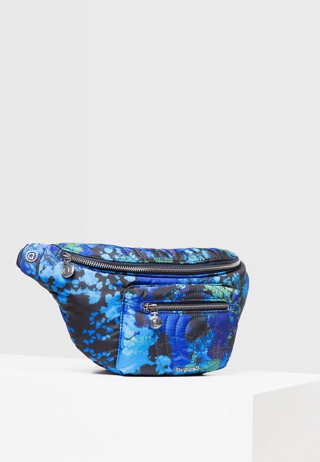 RIÑO_CAMOFLOWER COIRA - Saszetka nerka - blue