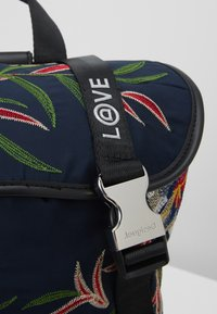 Desigual - BACK FLOWER SEA EVEREST - Reppu - navy
