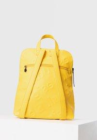 Desigual - BACK_NEW COLORAMA NANAIMO - Rucksack - yellow - 3