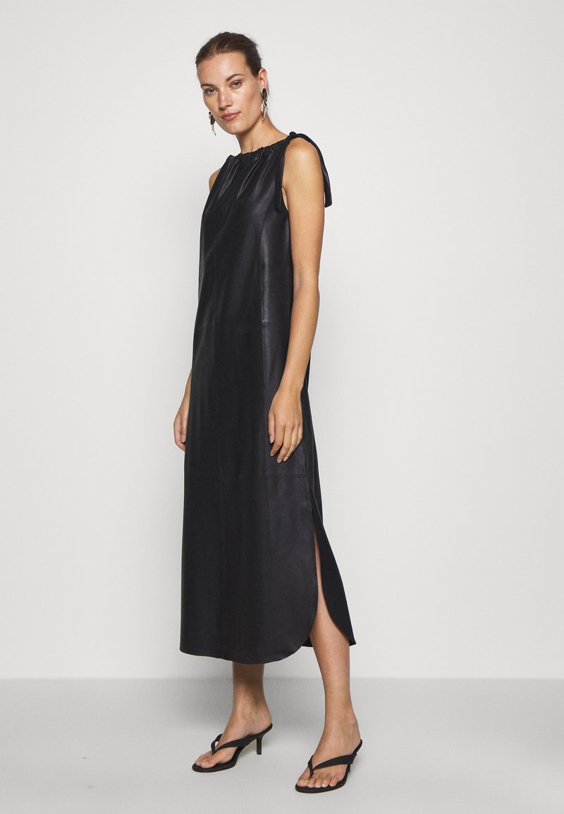DEPECHE - LONG DRESS - Denní šaty - black
