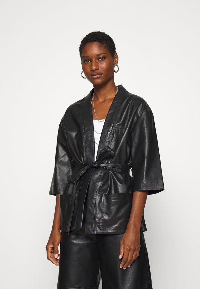 KIMONO - Leather jacket - black