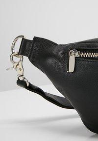 DEPECHE - BUM BAG - Rumpetaske - black - 6