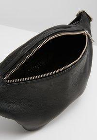 DEPECHE - BUM BAG - Rumpetaske - black - 4