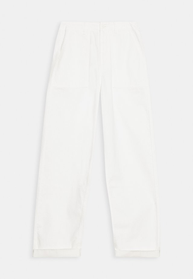 HAWTHORN CARGO PANT - Jeans Relaxed Fit - ecru