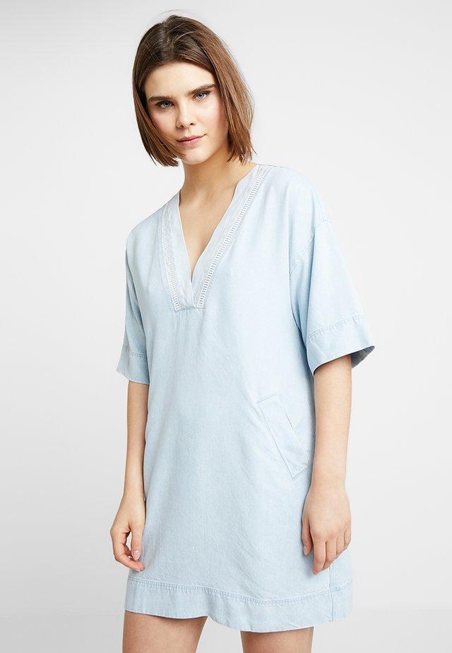 EXPEDITION DRESS - Jeanskleid - indigo