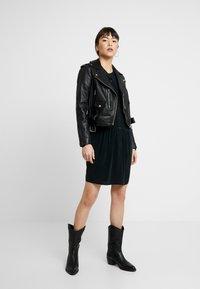 Denham - SYLVIE DRESS - Robe chemise - black - 2