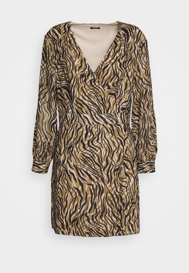 HARP WRAP DRESS - Korte jurk - khaki