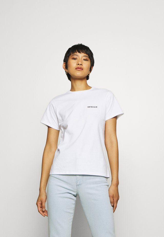 SUKA CAMELLIA TEE - Print T-shirt - white