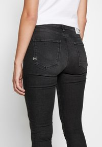 Denham - NEEDLE - Jeans Skinny - black - 5