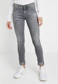 Denham - SPRAY - Jeans Skinny - grey denim - 0