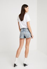 Denham - MONROE - Shorts vaqueros - blue - 2