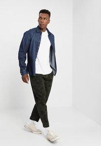Denham - CARLTON - Trousers - green - 1