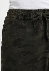Denham - CARLTON - Trousers - green - 3