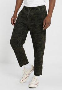 Denham - CARLTON - Trousers - green - 0