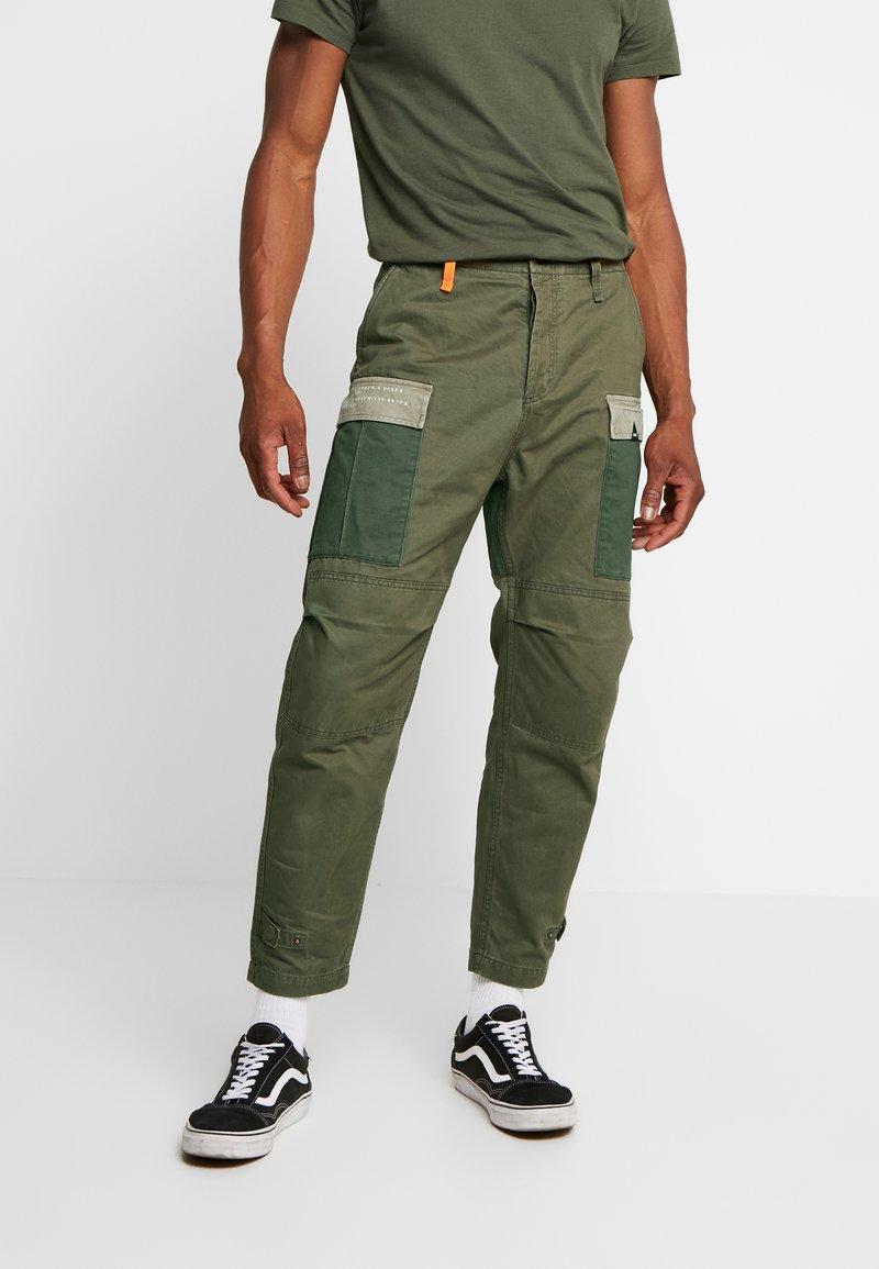 Denham - NATO PANT - Pantalones cargo - army green