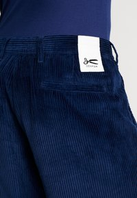 Denham - HARRY PANT - Trousers - medieval blue - 3