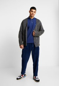 Denham - HARRY PANT - Trousers - medieval blue - 1