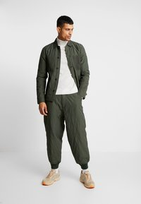 Denham - PAD PANT - Trousers - army green - 1