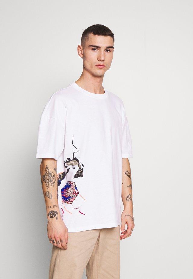 KITE TEE - T-shirts print - white