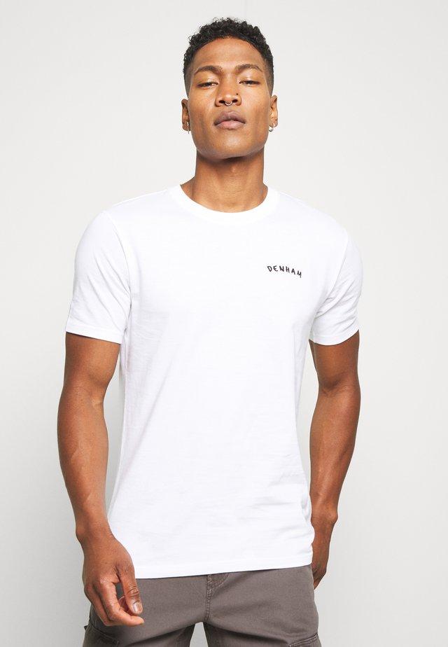 SPENCER TEE - T-shirt z nadrukiem - bright white