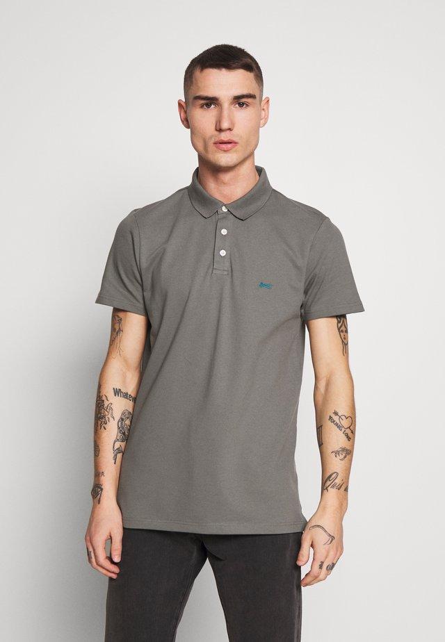 LUPO  - Poloshirt - sedona sage grey