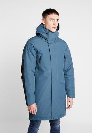 LOWLAND PARKA - Zimní kabát - dark slate