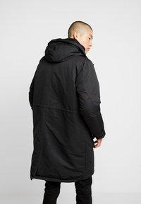 Denham - FLUKE - Zimní kabát - shadow black - 2