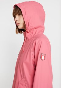 Derbe - TRAVEL FRIESE CHERRY BLOSSOM - Parka - rapture rose - 4