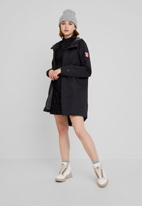 Derbe - SCHLEIE - Parka - black