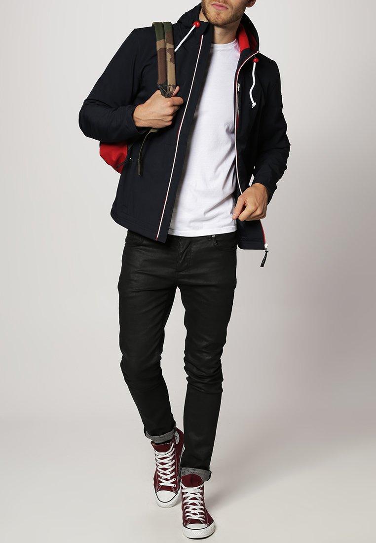 Derbe - ISLE OF SKY - Outdoor jacket - navy/red