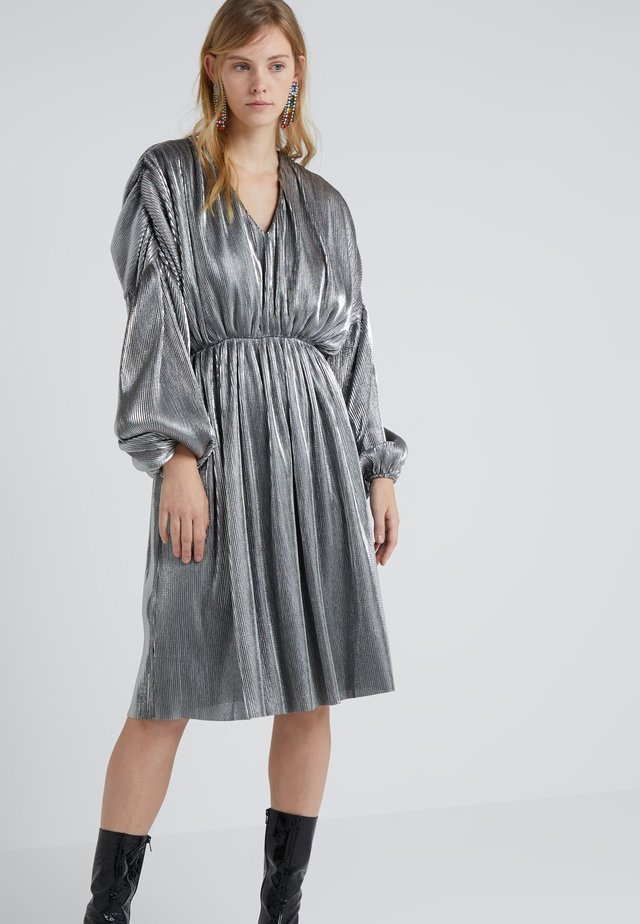 KRISTEN V-NECK - Cocktail dress / Party dress - silver