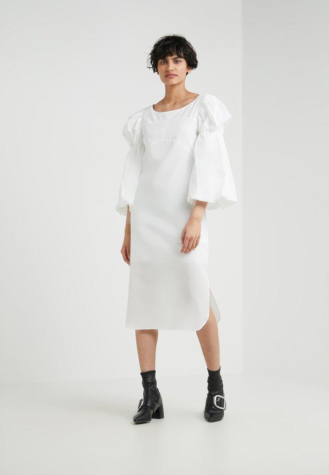 DANE SLEEVE DRESS - Day dress - cream