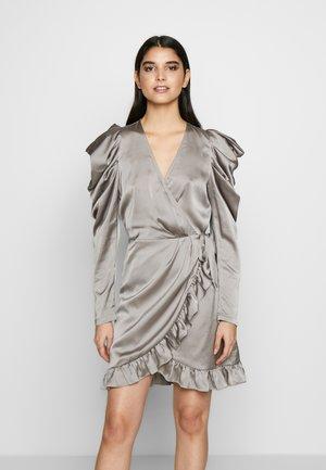 LAUREN WRAP DRESS - Juhlamekko - grey
