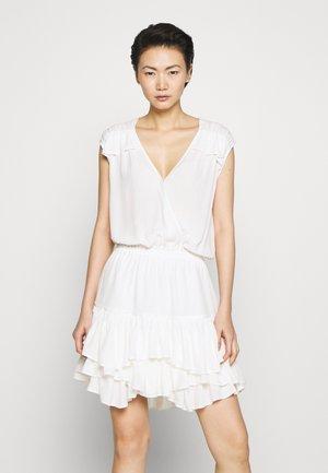 ELIZA SUMMER - Denní šaty - cream