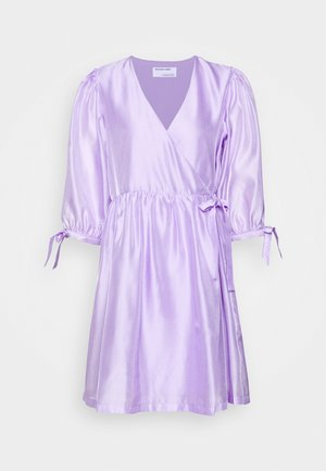 ENOLA WRAP DRESS - Robe d'été - lavender