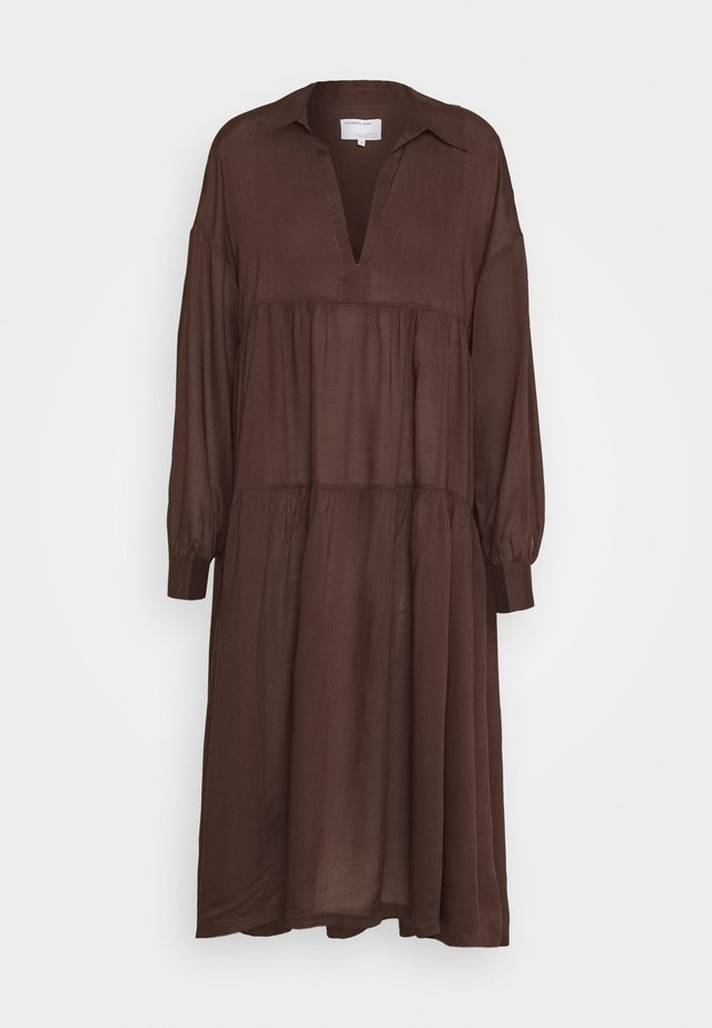 AYONESS DRESS - Robe d'été - chocolate
