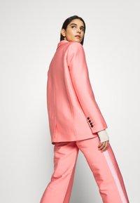 DESIGNERS REMIX - HAILEY - Blazer - pink - 2